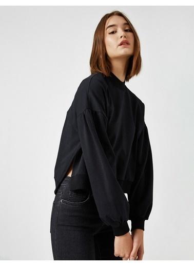 Koton Dik Yaka Yirtmaç Detayli Sweatshirt Siyah